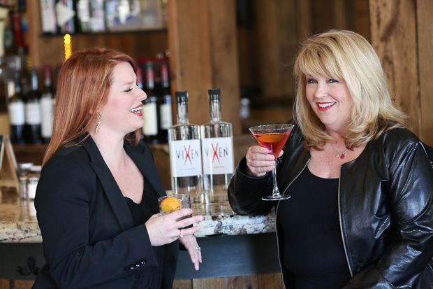 The Vixen Vodka business plan started over drinks on a girls beach trip ... and now Carrie King & LeeAnn Maxwell have found their own space at the bar.