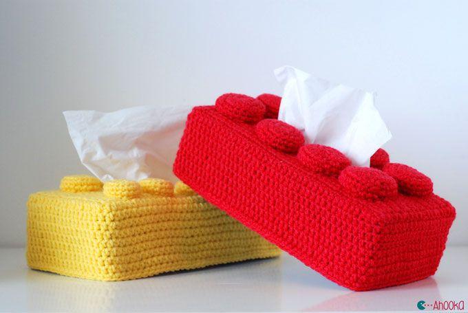 Ahookamigurumi: Lego brick tissue box cover - free photo tutorial crochet pattern in English and French.