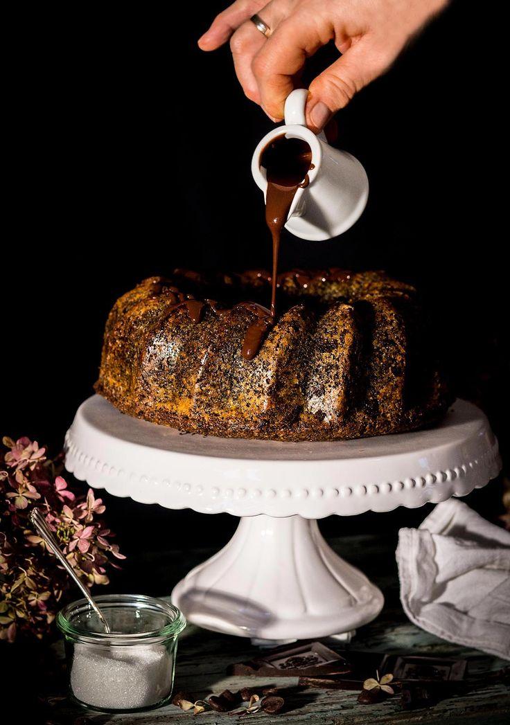 Seelenschmeichler für kalte Frühlingstage: Mohngugelhupf mit Schokolade – Frau Goldbergs Welt