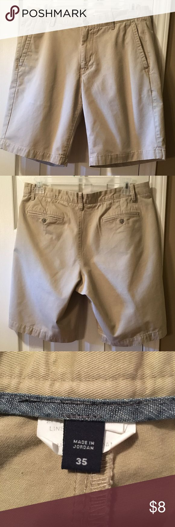 Gap men's khaki shorts, waist 35 Gap khakis shorts, size 35. Cotton shorts, comfortable and broken-in. Used condition- I've showed the signs of wear in the pictures - there's a bit of slight discoloration on the upper left side, a couple of marks at the back of the lower leg, and a tiny bit of fraying on the fly.  These still look fine for everyday wear, price reflects the condition. 5 star seller - always upfront about the condition of my items. Smoke-free home and Fast shipper! Great price…