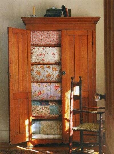 Want this cabinet with all the quilts  :-)