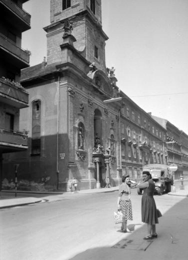 Budapest,  V., Váci utca - Nyári Pál utca sarok, 1959