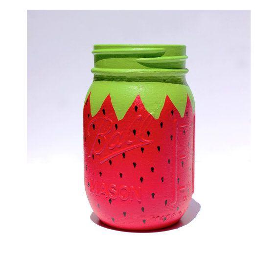 POTS MASON fraise, Decor anniversaire fraise, fraise Birthday Party, Charlotte aux fraises anniversaire Decor, anniversaire aux fraises Decor