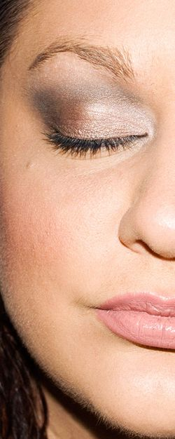 Tutorial: Bronzed Smoke Eyes, using Urban Decay's Naked Palette so glad I have this