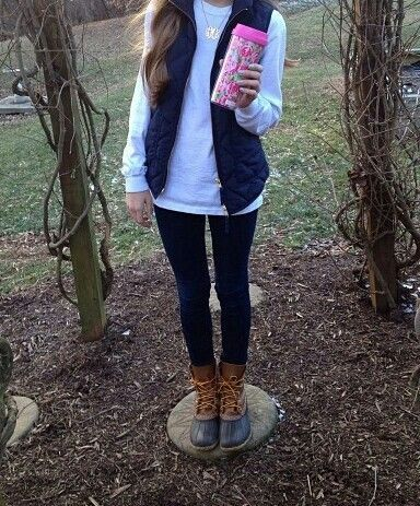 Leggings, sweatshirt, vest, bean boots!