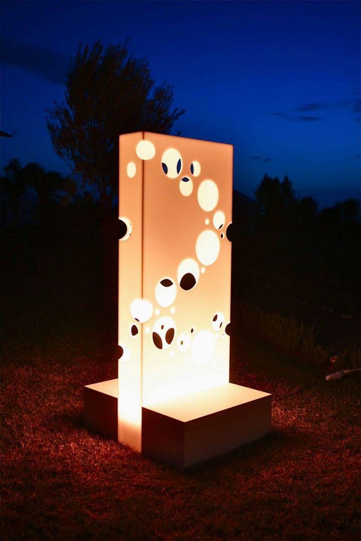 Les 25 meilleures idées de la catégorie Lampes de jardin solaires ...