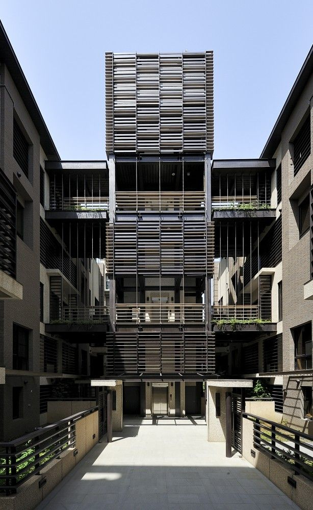 Mountain Moon Housing, Taipei City, Taiwan by Chin Architects