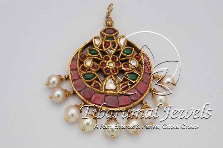 Kundan Locket | Tibarumal Jewels | Jewellers of Gems, Pearls, Diamonds, and Precious Stones