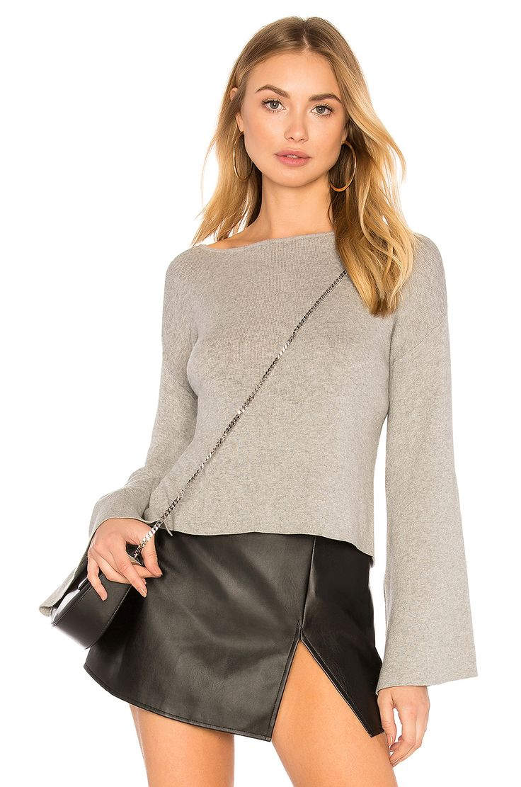 BCBGENERATION RIBBED CROSS BACK CROP SWEATER IN LIGHT HEATHER GREY. #bcbgeneration #cloth #