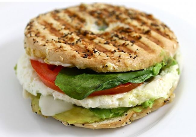 I adore this popular and healthy breakfast sandwich at Panera. My NEW skinny version is super yummy too! FACTS: for 1 skinny superfood breakfast sandwich.