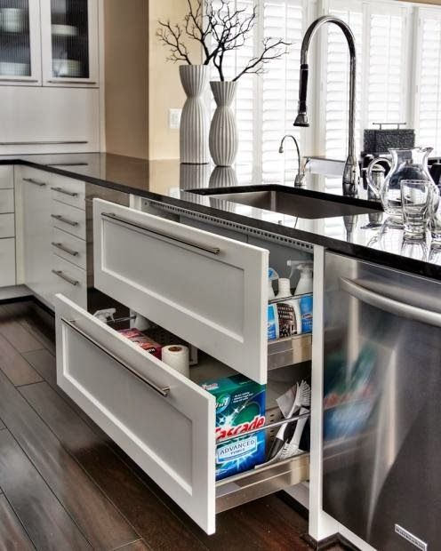 Drawers are so much better than cabinets.