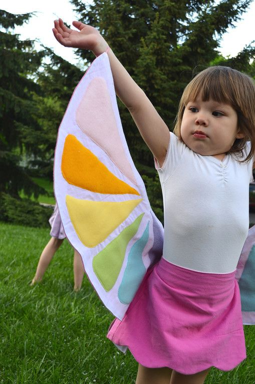 Tutorial for wrap around skirts that turn into wings - nice dress up item!