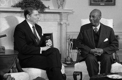 Ronald Reagan e Siad Barre (década de 1980).
