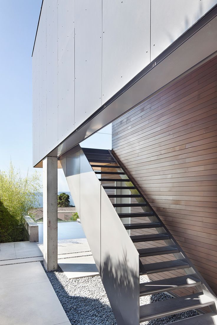 Russet residence in west vancouver british columbia