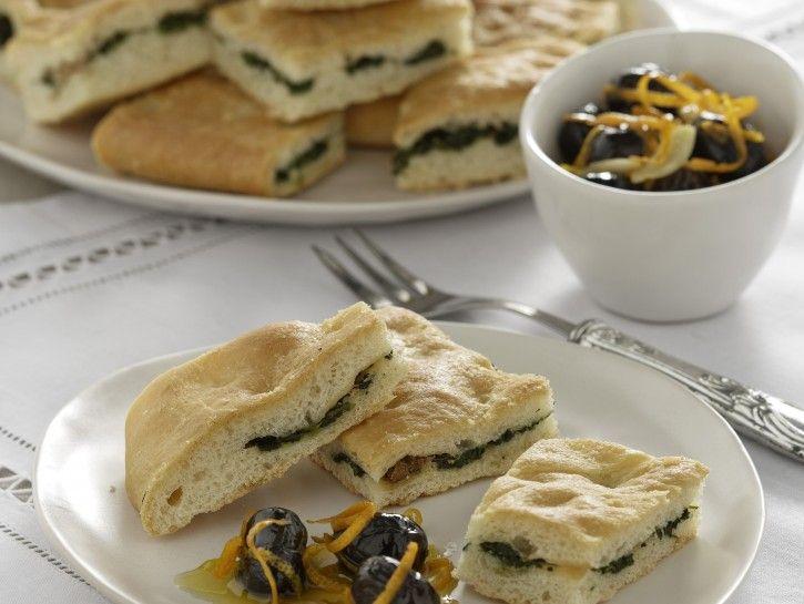 focaccia-farcita-e-olive-marinate