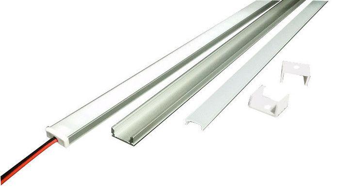 Trova Profilo in Alluminio da 1m e 2m per striscia LED,  cover con lente satinata ( Profilo in Alluminio da 1m e 2m per striscia LED,  cover con lente satinata ( nella categoria Casa, arredamento e bricolage, Illuminazione da interno, Luci a LED su eBay.it