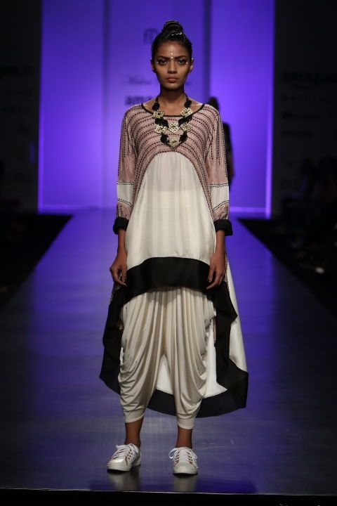 All the Looks From Malini Ramani at Amazon India Fashion Week Spring/Summer 2017