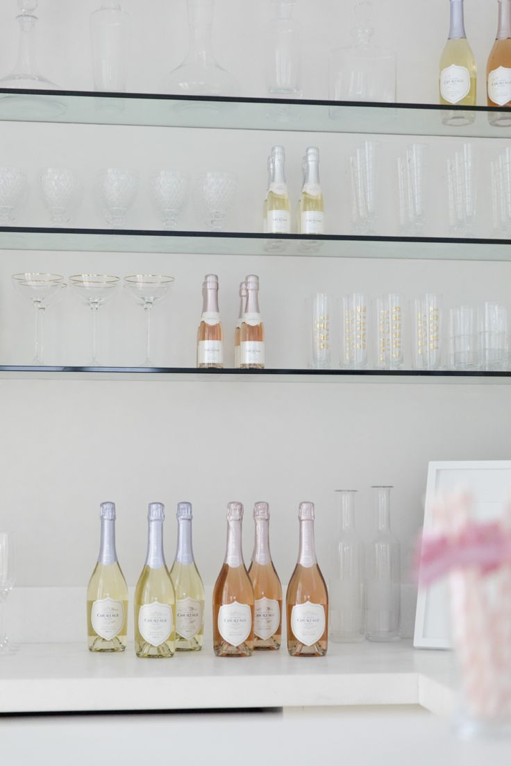 FH Baby Sprinkle Party - champagne bar