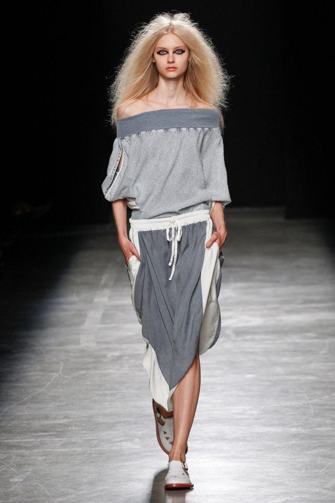 Vogue.com | Spring 2017 Vivienne Westwood