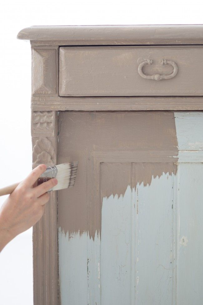 DIY Chalk Paint Tutorial. Vintage gorgeousness is only a paintbrush away, with this exclusive DIY on how to refinish furniture with chalk paint: