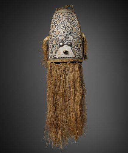 Grand masque Wauja (Amazonie actuelle). Musée du quai Branly. Photo by Patrick Griès. #Mask