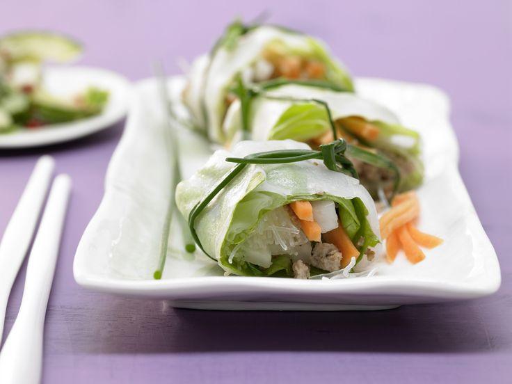 Diese Sommerollen sind kalorienarm und lecker. Thai-Frühlingsrollen - mit Schweinehack, Salat und Glasnudeln - smarter - Kalorien: 459 Kcal - Zeit: 1 Std. 10 Min. | eatsmarter.de