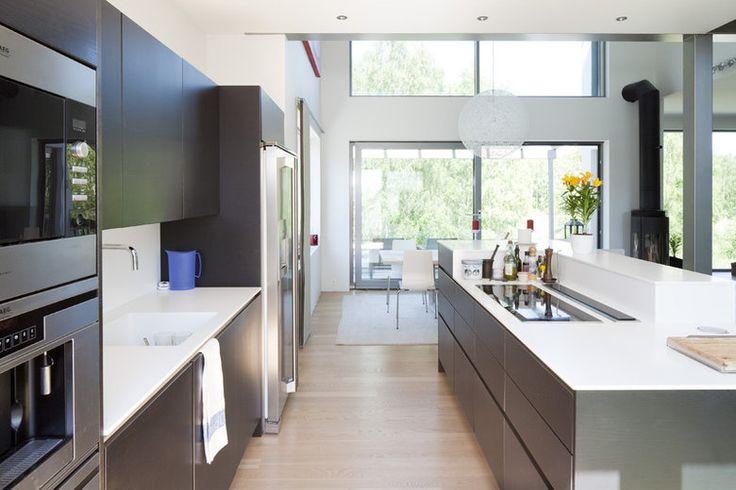 Avara ja valoisa keittiö, lisää ideoita www.lammi-kivitalot.fi