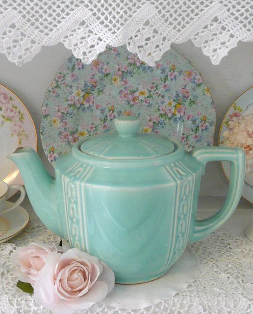 teapot: by seaside rose garden on Flickr in yellow.......normascottage@gmail.com