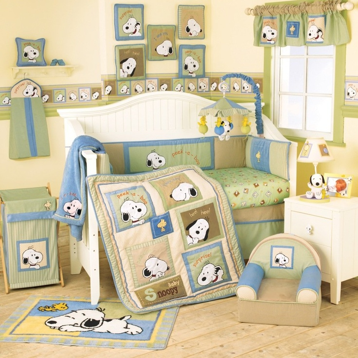 Lambs & Ivy Peek A Boo Snoopy 4 Piece Bedding Set -- green