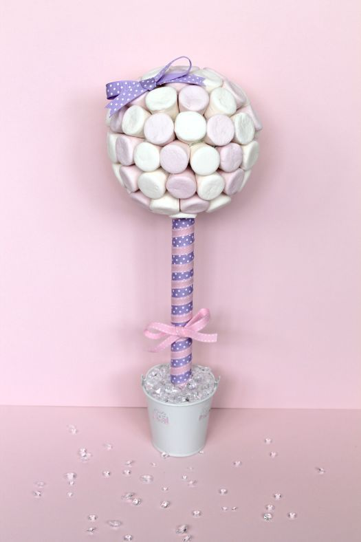 How to make a sweet tree ...Candy Bar Decorations except NO purple...pink & white