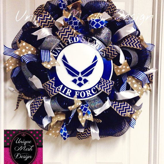 MADE TO ORDER! Please allow 2-3 weeks for processing your order. This beautiful US Air Force Wreath measures between 32x33 inches. Made on dark