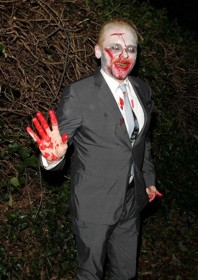 The Best Celebrity Fancy Dress Outfits You Will Ever See Read more at http://www.comedycentral.co.uk/halloween/articles/the-best-celebrity-halloween-outfits-you-will-ever-see#WTwFi5S8SSjeEJkD.99