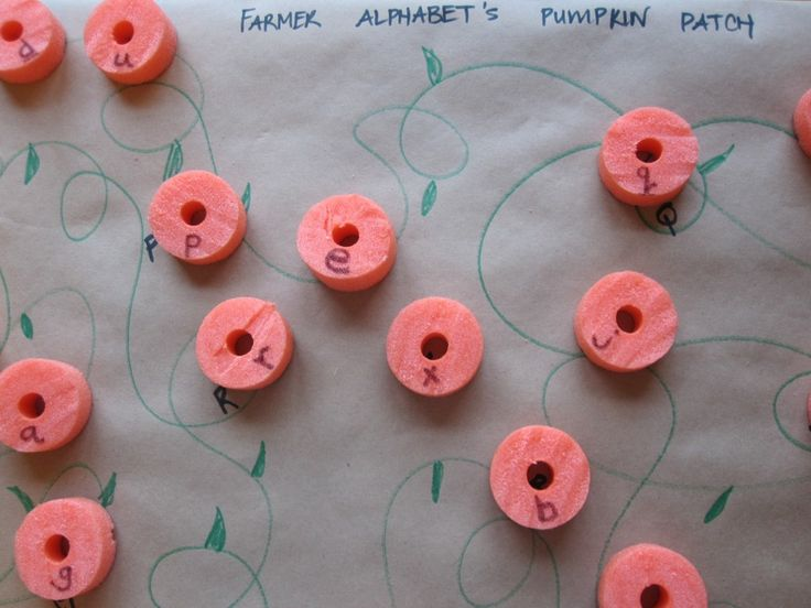 Pumpkin patch letter match, for learning lowercase and uppercase. Uses an orange pool noodle, markers and paper! If we can't find an orange noodle, maybe a red one and it could be an apple tree? Or yellow for a lemon tree? Or blue for a bleubrry bush...