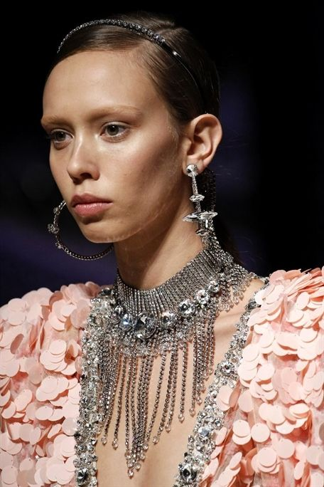 See detail photos for Miu Miu Fall 2017 Ready-to-Wear collection   Jewelry  trends 2017  jewelry  trends  JewelryTrends 6a18c503ed