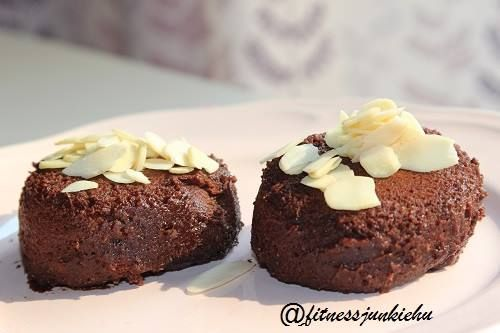 20 SEC PROTEIN BOMB!  1 serving protein powder  1 teaspoon cocoa  1 tspoon coconut flour  3/4 tspoon baking powder  1/2 dl water ( or until it will be easier to stir and mix)  Put in the microwave for 20-30 sec. The outside should be dry, the inside is creamy.
