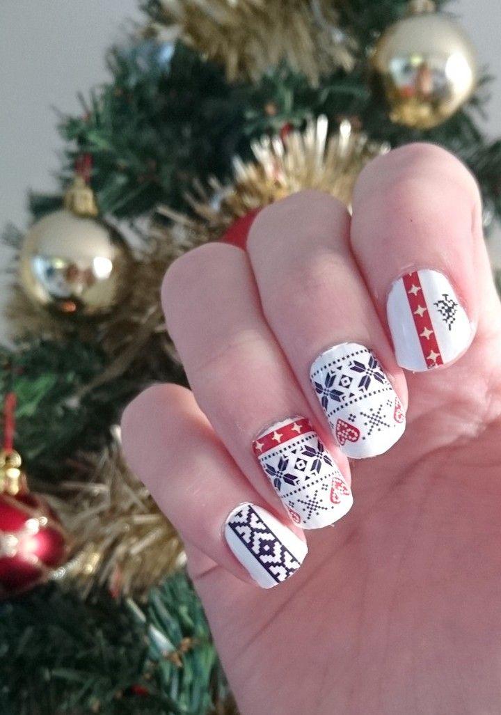 Nail art Hiver : Hivernal Water decals motifs noël #christmas #winter #nails #nailart