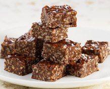 Crispy Fudge #ricekrispies #chocolate #fudge #treats #nobakerecipe #food