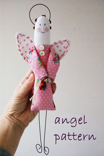 angel pattern by dutch blue, via Flickr com molde