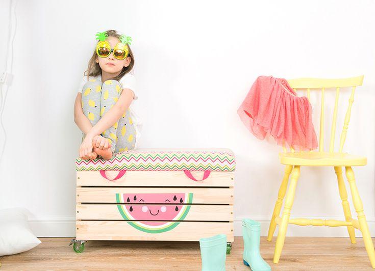 """Drewniana skrzynia na zabawki """"Watermelove"""""""