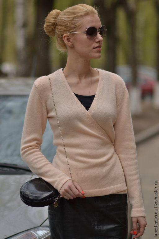 Купить Cвитер с запахом Ballerina cashmere - кремовый, пудровый, балерина, свитер вязаный, кофта вязаная