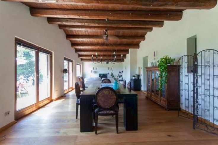 Property for sale in Le Marche, Macerata, Morrovalle, Italy - Italianhousesforsale