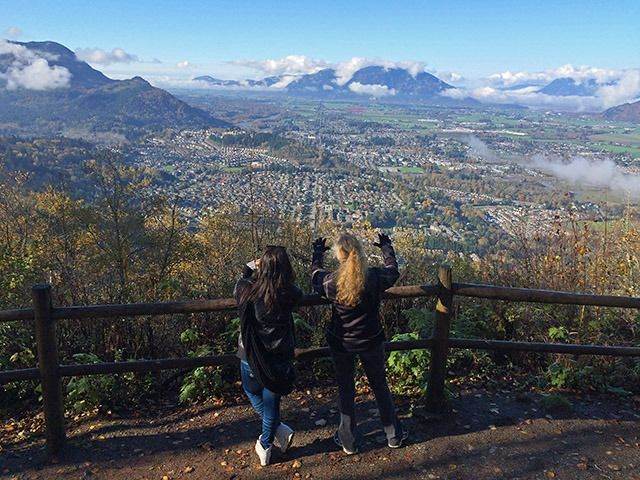 Chilliwack is surrounded by mountains offering a world of hiking right in our own backyard! A great list of shorter hikes