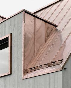 toiture métal rose