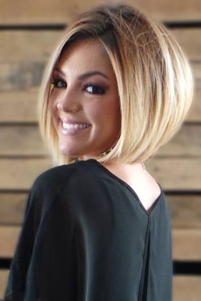 49 Stacked Bob Hairstyles with Bangs for Women