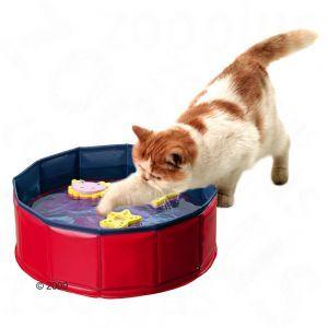 Kitty Lake. Een magisch kattenspeeltje: klein bassin met drijvend speeltje en bont gekleurde bodem - voor nieuwsgierige katten