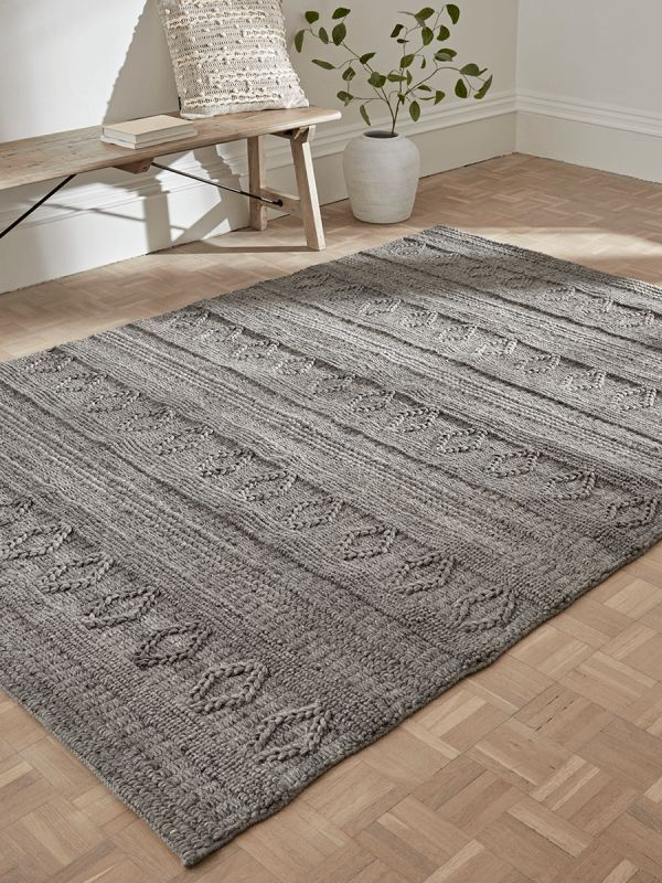 Nordic Geometric Rug Grey Looks Beautiful In This Space Graphit Ideen