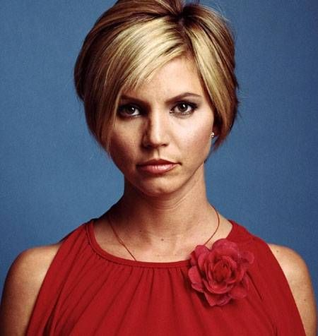 Awesome and Enthralling Pixie Hairstyle with Cool a Layers and Full Top Section
