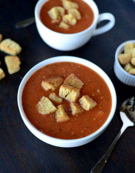 Soupvember: Roasted Tomato & Garlic Soup with Homemade Croutons
