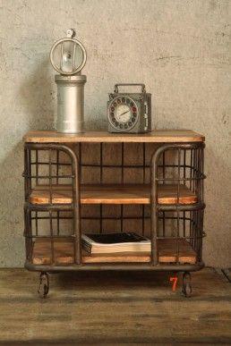 Table industrielle: B.A.R.A.K.'7, mobilier industriel