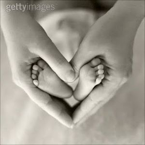 I wish there were cute photo ideas yphotoslike this when my kids were newborns. Baby Photo Shoots - Bing Images